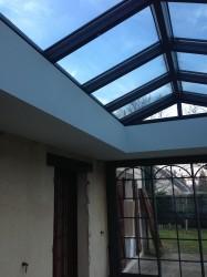 Plafond-Tendu-veranda-avec-remontee-blanc-satin-iNove